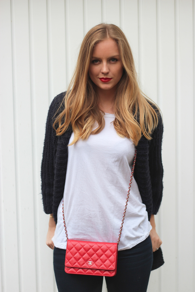 Red lips casual | Style playground
