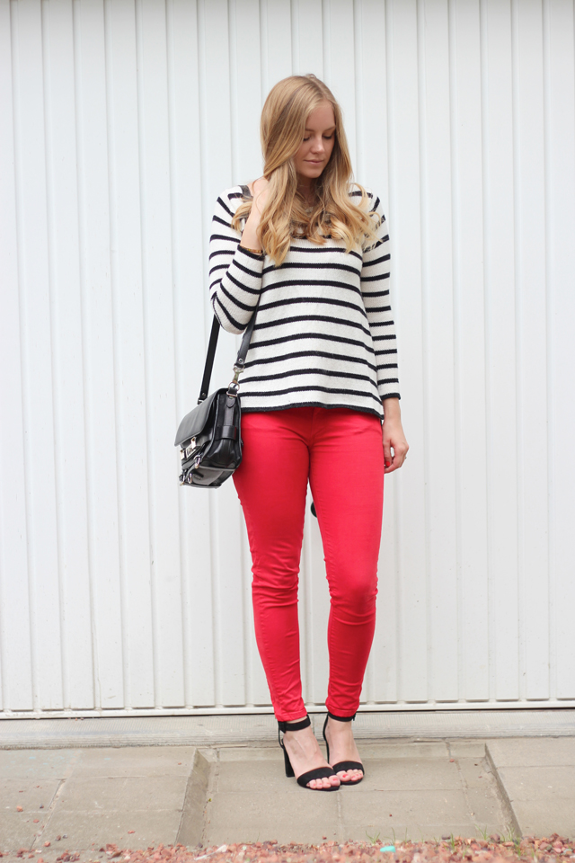 red-amp-stripes-61