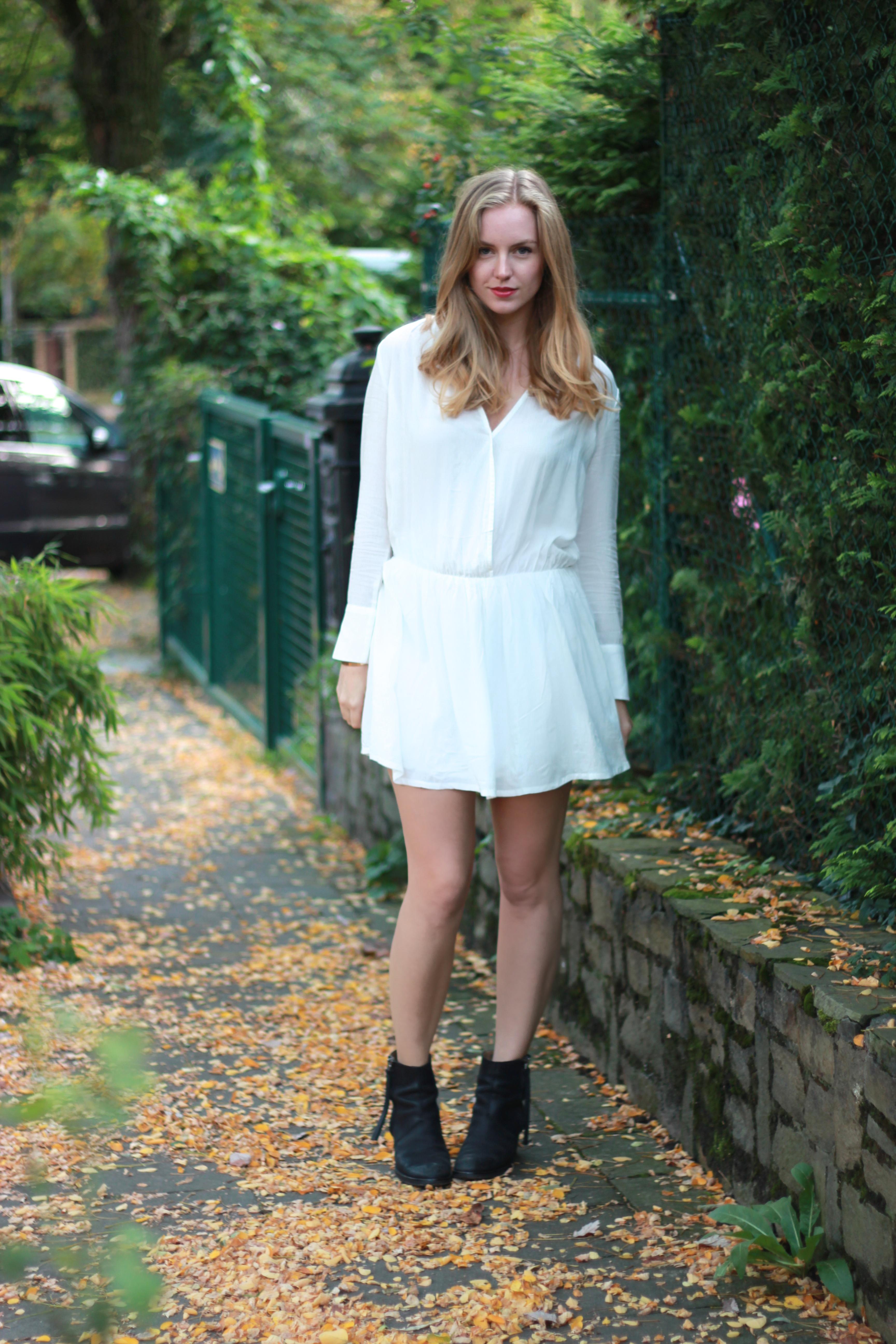 white dress /// Axelle Blanpain /// Style playground