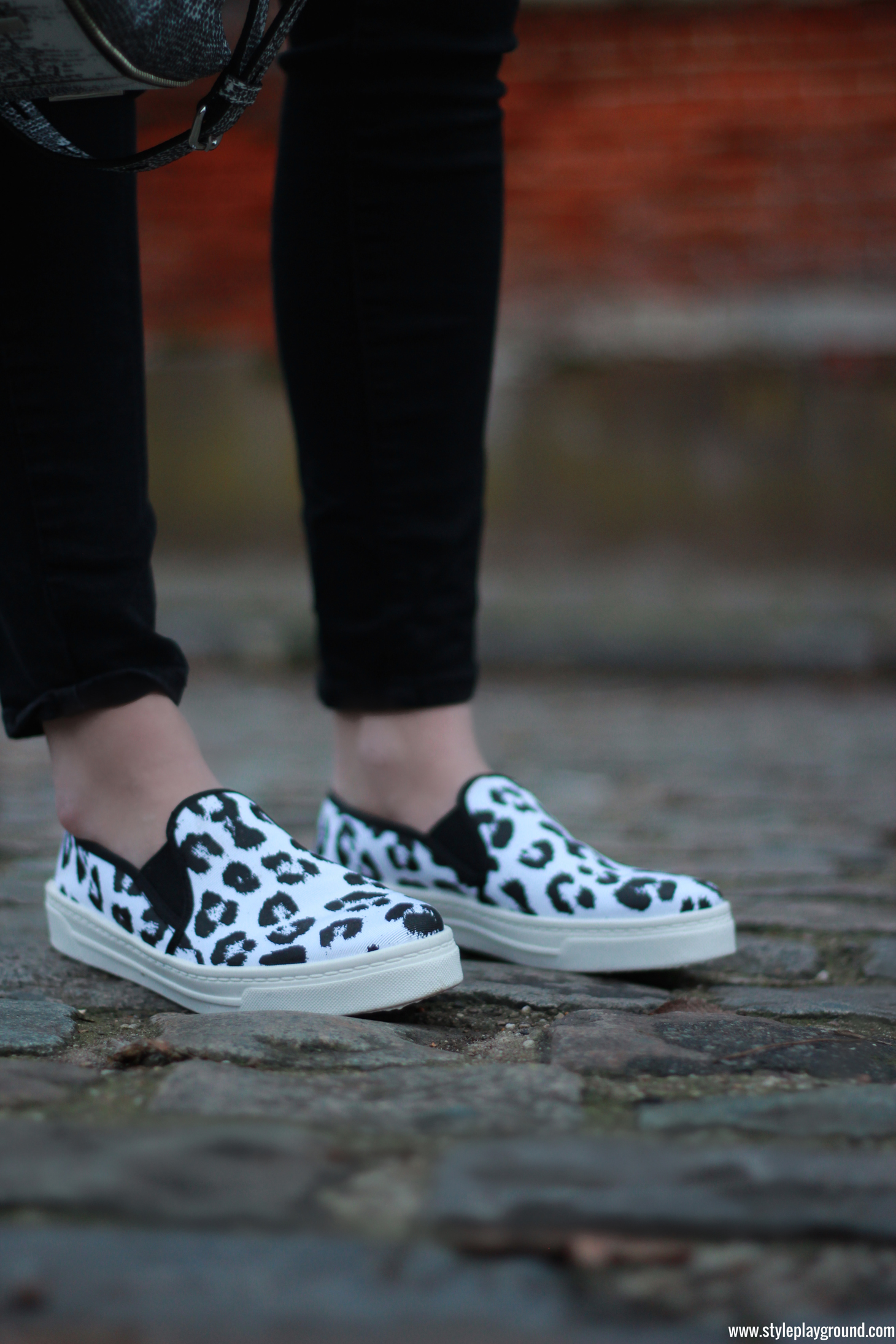 Comfy look /// www.styleplayground.com /// Axelle Blanpain