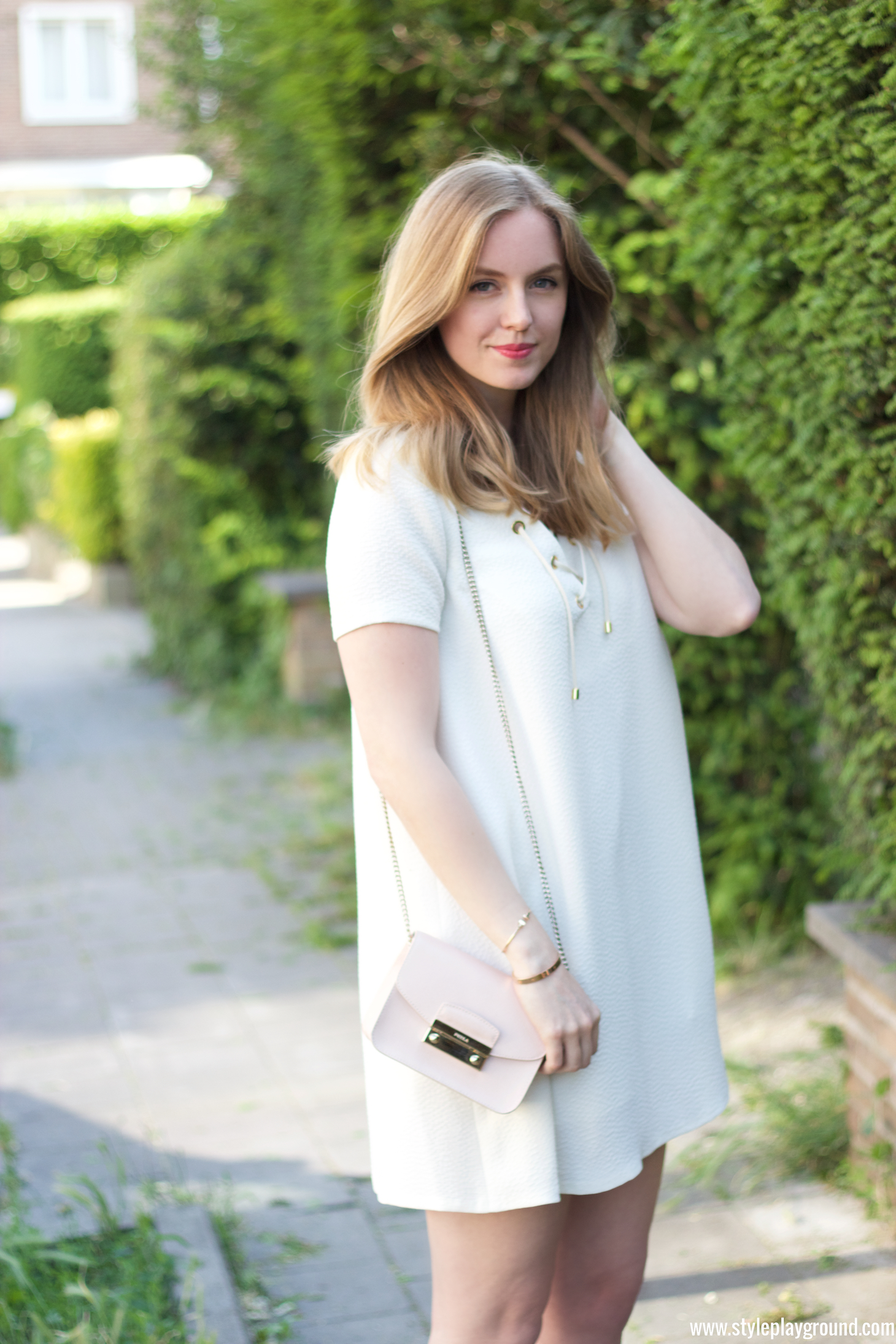 e7ce47756c5 Axelle Blanpain of Styleplayground is wearing a dress from BASH