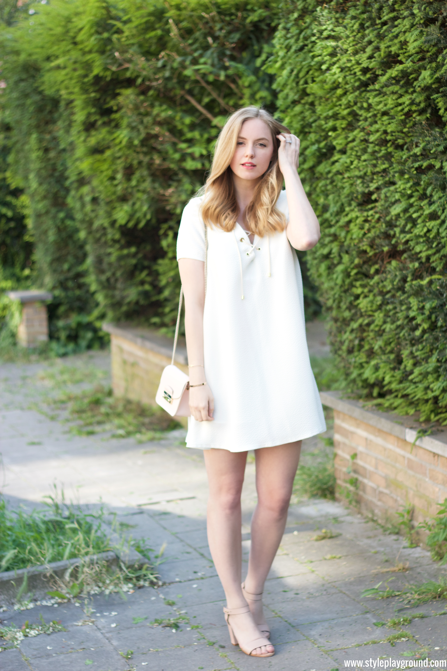 6d690161f09 The perfect white dress. Axelle Blanpain of Styleplayground is wearing a  dress from BASH