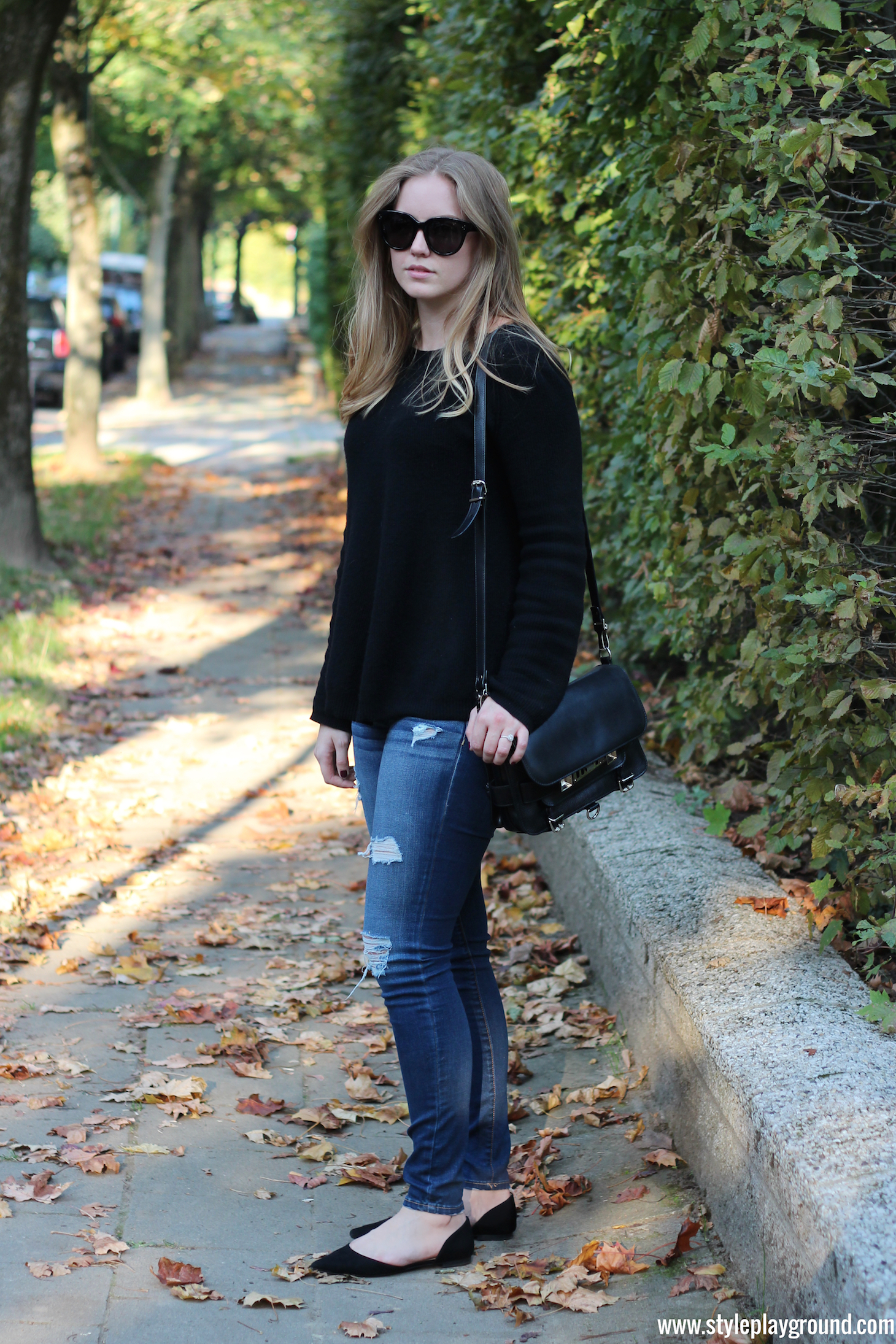Axelle Blanpain of Style playground is wearing a Bash sweater, American Eagle ripped leggings, Zara shoes, Proenza Schouler PS11 bag & Celine Audrey sunglasses