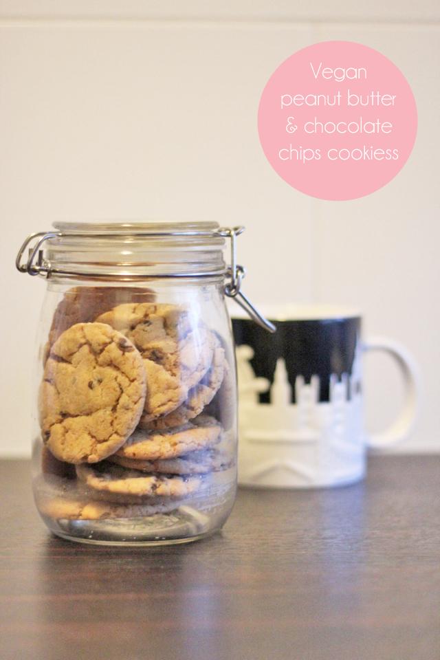 Peanut-butter-vegan-cookies-copy1