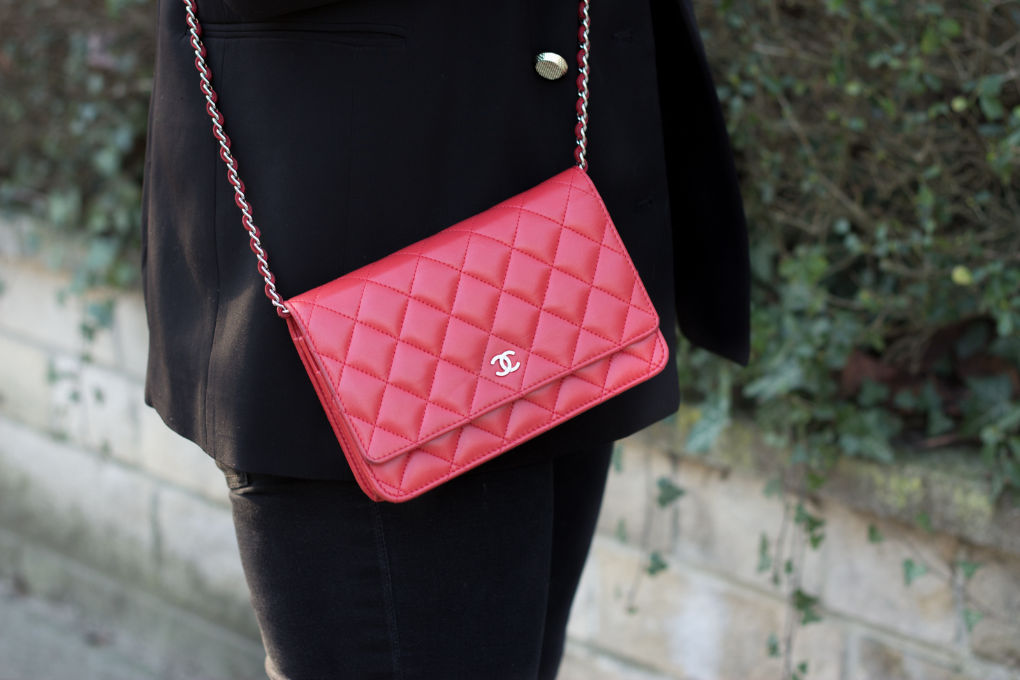 Chanel bag red