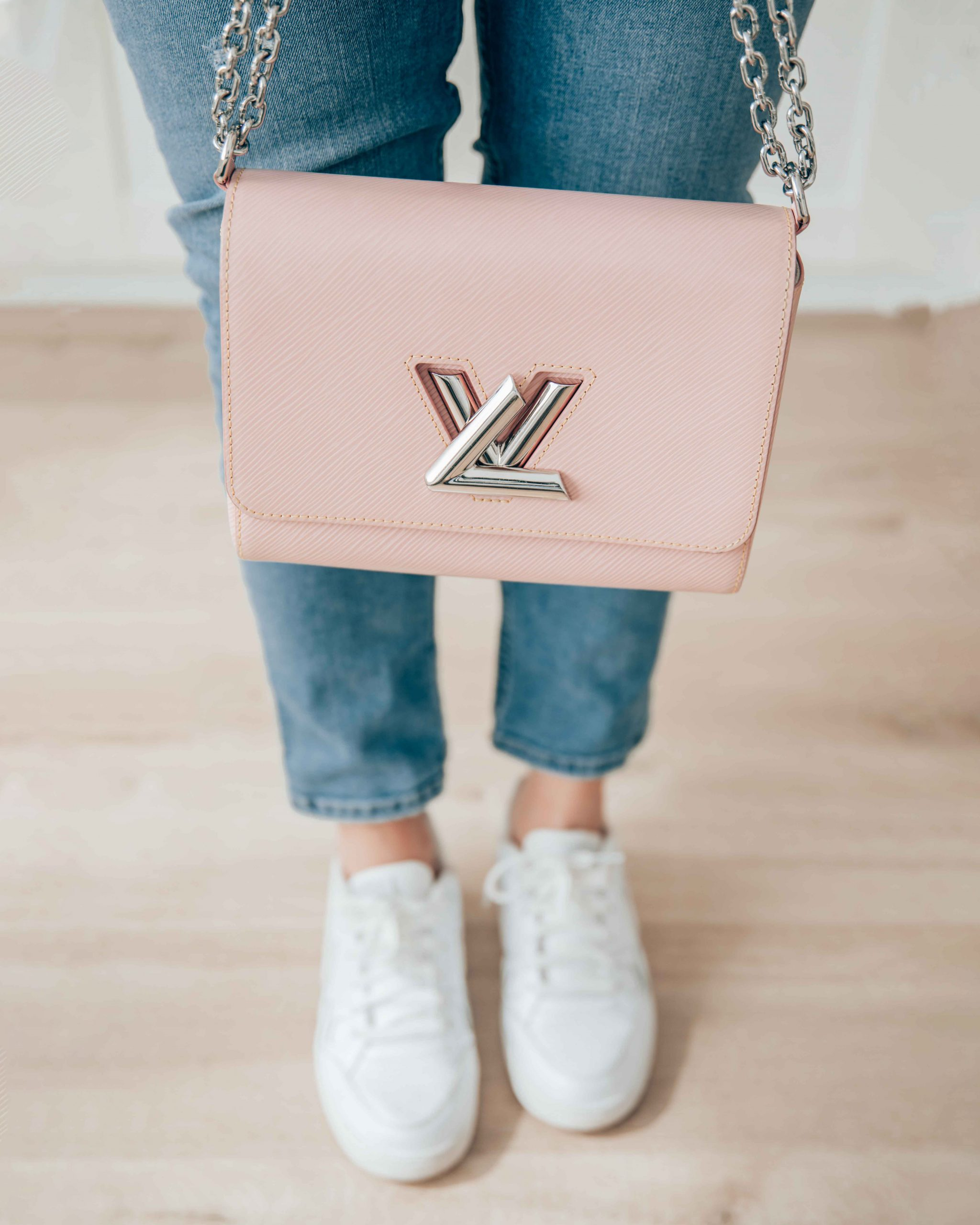 axelle-blanpain-louis-vuitton-twist-bag-rose-ballerine
